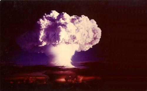 La-explosión-de-la-bomba-de-hidrógeno-en-Eniwetok-500x311